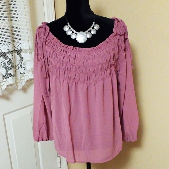 Tops - ♥️Plus Size Off Shoulder Ruffled Blouse Top